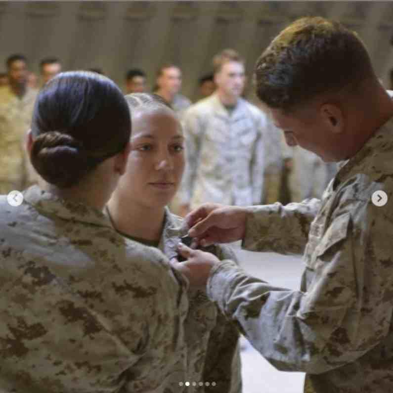 अमेरिकन महिला सैनिक निकोल जीला आपल्या कामाच्या आधारावर काही दिवसांपूर्वीच प्रमोशन देखील मिळालं होतं.
