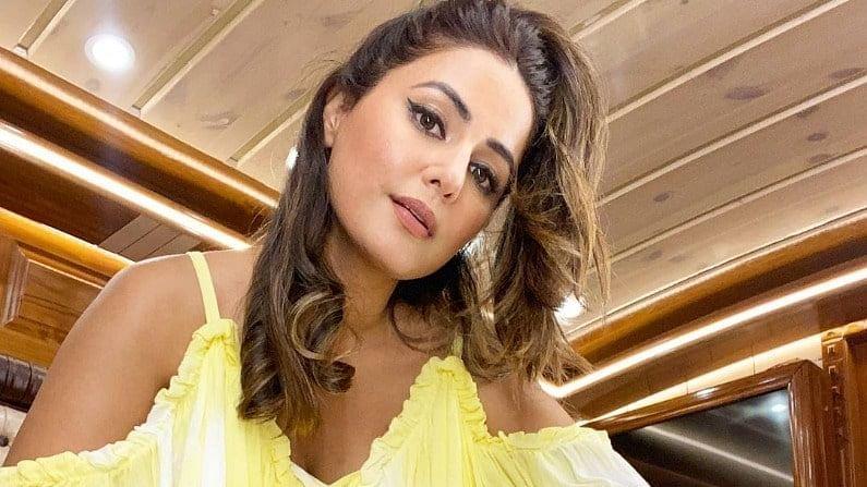 हीना खान सोशल मीडियावर खूप सक्रिय आहे आणि ती तिचे फोटो तिच्या चाहत्यांसाठी शेअर करत असते. यावेळी तिनं पिवळ्या ड्रेसमध्ये ग्लॅमरस लूक दाखवला आहे.
