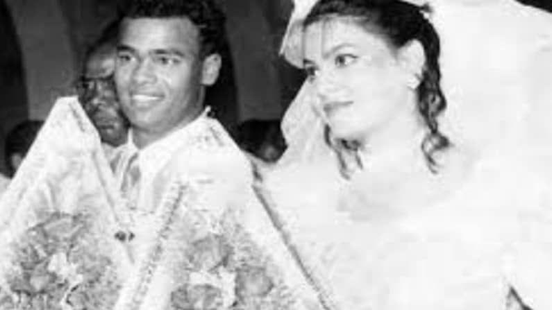 मुंबईकर विनोद कांबळीचं देखील पहिलं लग्न जास्त दिवस टिकू शकलं नव्हतं. त्याने 1998 मध्ये नोएला लुईस हिच्याशी लग्न केलं होतं. एका हॉटेलमध्ये रिसेप्शनिस्ट असणारी नोएला आणि विनोदचं लग्न अधिक दिवसं टिकलं नाही आणि दोघांनी एकमेकांच्या सहमतीने घटस्फोट घेतला.