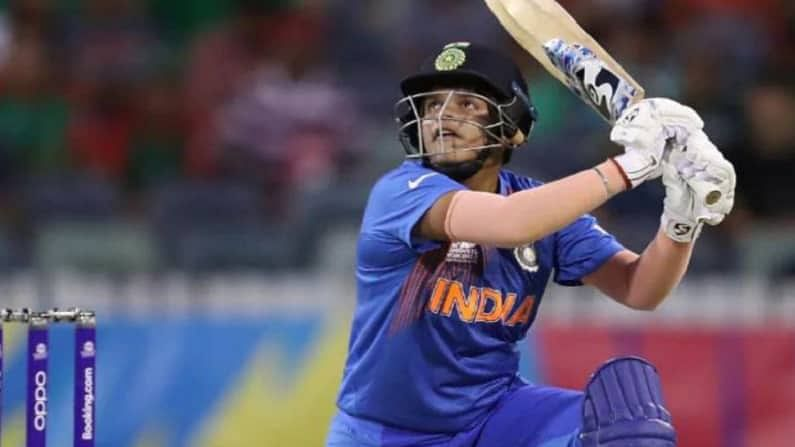एकदिवसीय प्रकारानंतर टी-20 मध्ये भारताची युवा फलंदाज शेफाली वर्मा अव्वल क्रमांकावर आहे. तिच्या खात्यात 759 गुण आहेत.