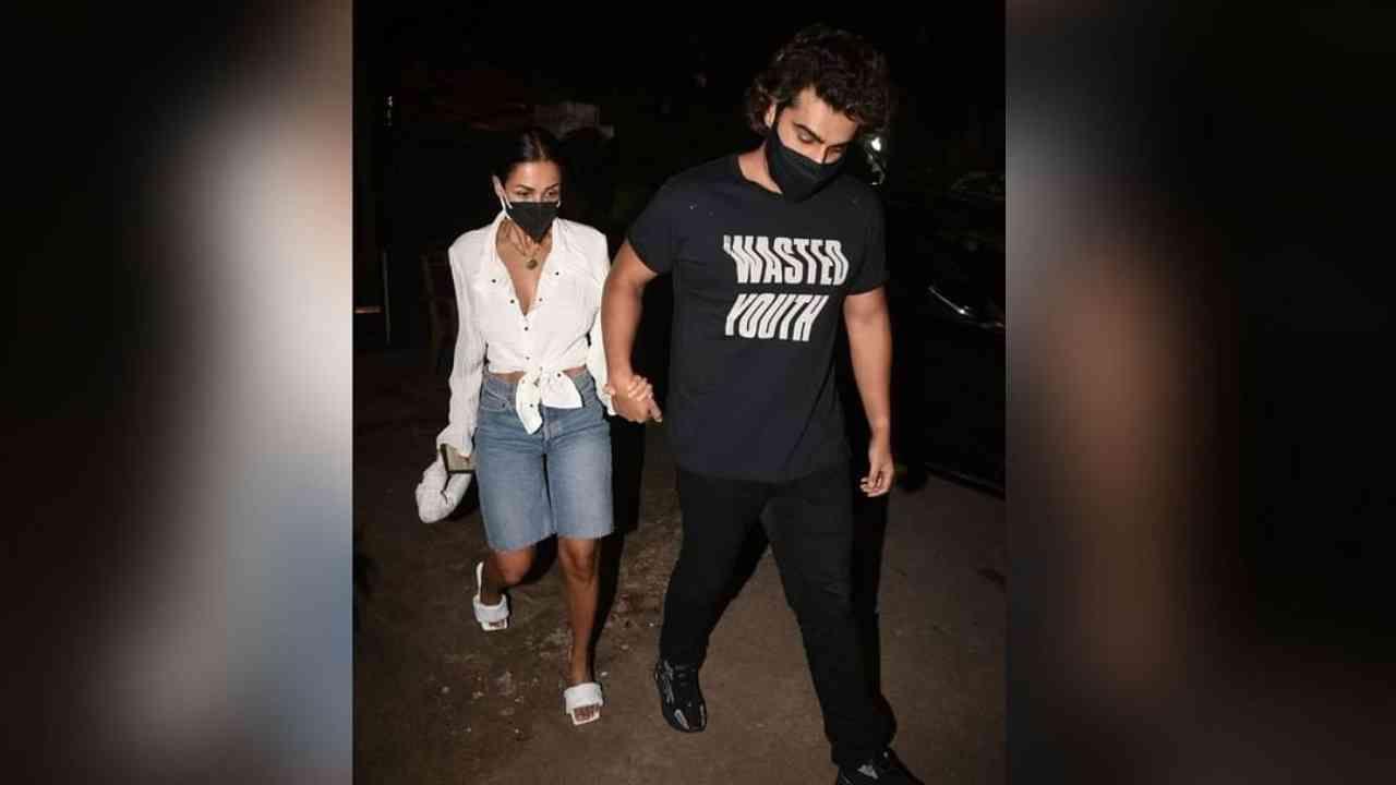 रिपोर्ट्सवर विश्वास ठेवायचा झाला तर हे दोघं पुढील वर्षी लग्न करू शकतात. मलायकाने अभिनेता सलमान खानचा भाऊ अरबाज खान सोबत 1998 मध्ये लग्न केलं होतं. मलायका आणि अरबाजचा 2017 मध्ये घटस्फोट झाला.