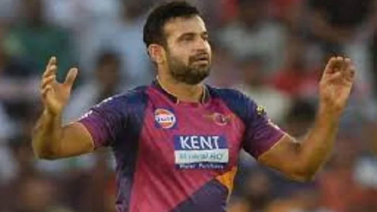 दुसऱ्या स्थानावर माजी अष्टपैलू खेळाडू इरफान पठाण(Irfan Pathan) याचा नंबर लागतो. तो देखील पंजाब, दिल्ली , पुणे, हैद्राबाद आणि चेन्नई या संघाकडून खेळला असून 103 सामन्यात त्याने 10 मेडन ओव्हर टाकल्या आहेत. एकूण 80 विकेट्स पटकावण्यात त्याला यश आलं आहे.