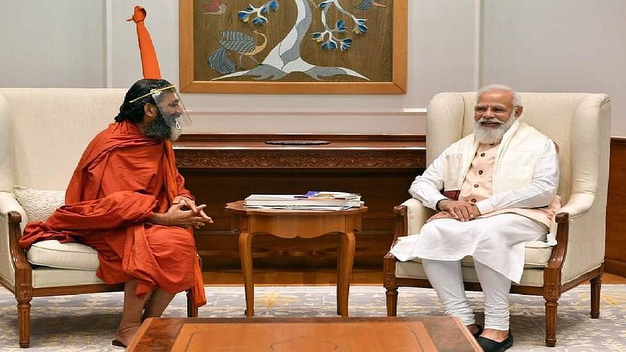 Chinna Jeeyar Swami and narendra modi 2