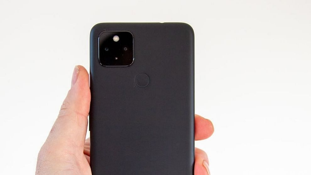Pixel 4A - Some discounts are yet to be announced.  However, the Pixel 4a will be priced between Rs 20,000 and Rs 29,999 during the Flipkart sale, which is lower than the current price of Rs 31,999.  The Pixel 4A was previously available for Rs 29,999, so this time the price may be slightly lower than that.