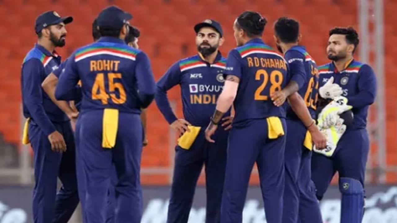 या निर्णंयासह भारतीय संघाचं टी20 विश्वचषकानंतरच वेळापत्रकही यावेळी जाहीर करण्यात आलं. भारतीय क्रिकेट संघ विविध अशा चार देशांना भारतात खेळण्यासाठी आमंत्रित करणार आहे. यामध्ये न्यूझीलंड, वेस्ट इंडिज, दक्षिण आफ्रिका आणि श्रीलंका या संघाचा समावेश आहे. या सर्व सामन्यांचे वेळापत्रकही नुकतेच जाहीर झाले असून भारतीय क्रिकेट नियामक मंडळलाने (BCCI) त्यांच्या एपेक्स काउंसिल मीटिंगमध्ये ही माहिती दिली. या वेळापत्रकात विविध देशांसोबक भारत  4 टेस्ट, 3 वनडे आणि 14 T20 सामने खेळणार आहे.