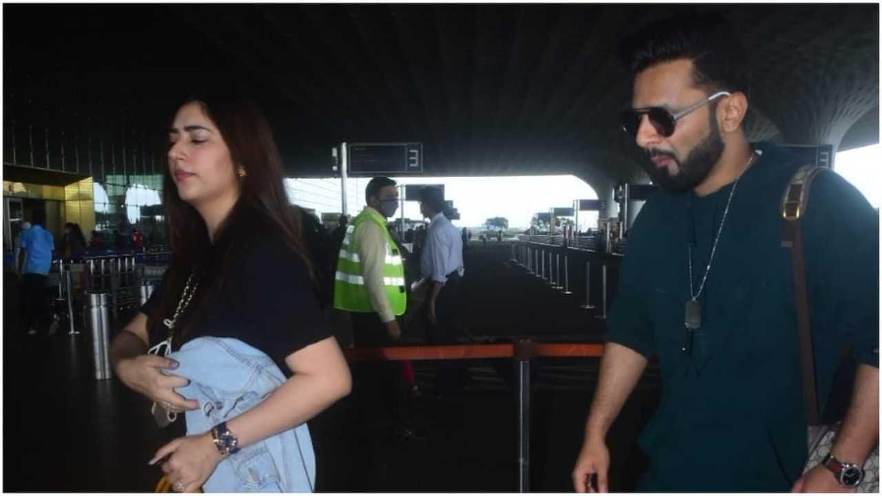 बुधवारी दिशा आणि राहुल विमानतळावर दिसले. यादरम्यान दोघंही कॅज्युअल लुकमध्ये दिसले. दोघंसोबत खूप गोड दिसत होते.