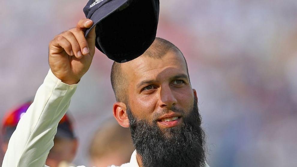 इंग्लंडचा अष्टपैलू खेळाडू मोईन अलीने कसोटी क्रिकेटमधून निवृत्ती घेतली आहे. इंग्लंड क्रिकेट बोर्डाने याबाबतची माहिती दिली आहे. मोईन अलीच्या कसोटी क्रिकेटमधील निवृत्तीची बातमी 26 सप्टेंबरच्या रात्री आली होती, पण त्यानंतर ते लवकरच याची घोषणा करतील असे सांगण्यात आले. आयपीएल 2021 मध्ये सध्या चेन्नई सुपर किंग्जकडून खेळत असलेल्या मोईन अलीने आपल्या निवृत्तीबद्दल माहिती देताना सांगितले की, तो 34 वर्षांचा आहेत आणि त्याला अजून अनेक वर्ष क्रिकेट खेळायचं आहे. तो म्हणाला की, कसोटी क्रिकेट महान आहे, पण हे क्रिकेट खेळणं खूप कठीण आहे.