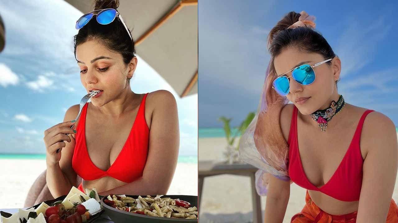समुद्रकिनारी दुपारचे जेवण करताना रुबिनाने फोटो शेअर केले आहेत. रुबिनाने मालदीवची सुंदर दृश्ये टिपणारा एक छान फोटोही शेअर केला आहे. हे जोडपे समुद्र किनाऱ्यावर एकमेकांसोबत वेळ घालवत आहेत.