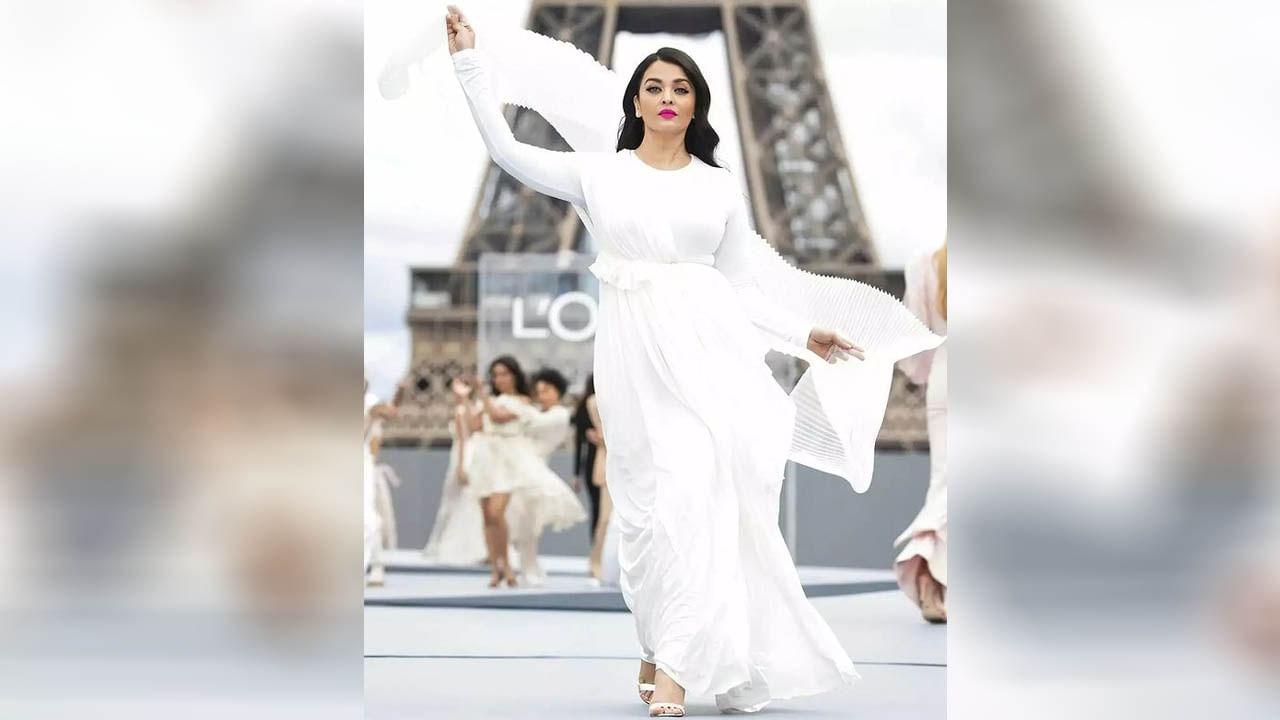 बॉलिवूड अभिनेत्री ऐश्वर्या राय-बच्चनला (Aishwarya Rai Bachchan) कोणत्याही वेगळ्या ओळखीची गरज नाही. तिने बॉलिवूडमध्ये अनेक हिट चित्रपट दिले आहेत. विशेष गोष्ट म्हणजे एक उत्तम अभिनेत्री असण्याबरोबरच ती एक उत्तम मॉडेल देखील आहे. जेव्हाही ती रॅम्प वॉकवर उतरते, तेव्हा फक्त मुलंच नाही तर मुलीही तिची शैली पाहून आश्चर्यचकित होतात. तिने 1994मध्ये 'मिस वर्ल्ड' चा किताब जिंकला होता.