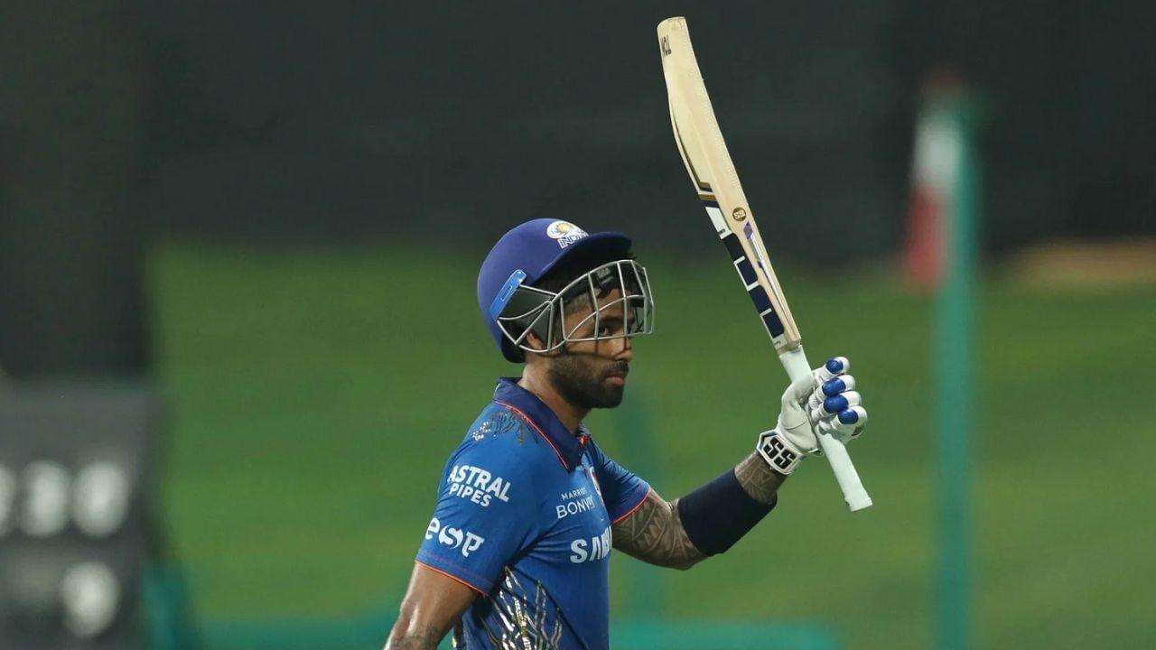 मुंबईने एका डावात 30 चौकार ठोकले. आयपीएलच्या एका डावात चौकारांची ही दुसरी सर्वोच्च संख्या आहे. या विक्रमाच्या बाबतीत दिल्ली अव्वल स्थानी आहे. दिल्लीने 2017 मध्ये गुजरात लायन्सविरुद्ध 31 चौकार फटकावले होते.