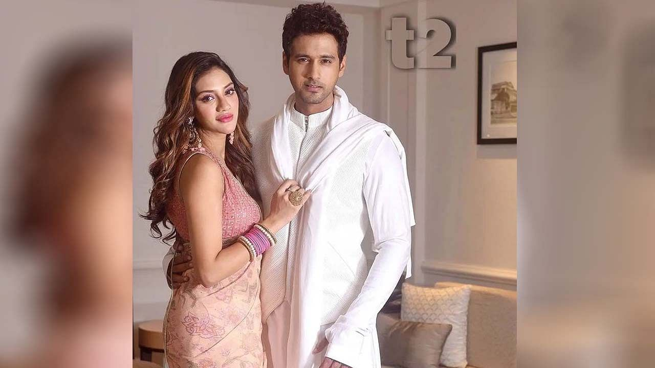 टीएमसी खासदार आणि बंगाली अभिनेत्री नुसरत जहाँ आजकाल मातृत्वाचा आनंद घेत आहेत. नुसरत जहाँने 26 ऑगस्ट 2021 रोजी एका मुलाला जन्म दिला. अभिनेत्रीची गर्भधारणा खूप चर्चेत होती.