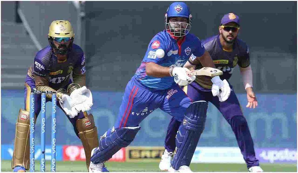 कोलकाता आणि दिल्ली या दोन संघांमध्ये झालेल्या शेवटच्या 5 सामन्यांवर नजर टाकली तर केकेआरवर दिल्लीचा 3-2 ने वरचष्मा आहे. त्याचबरोबर शेवटच्या दोन सामन्यांपैकी एक सामना दिल्लीने तर एक सामना कोलकात्याने जिंकला आहे.
