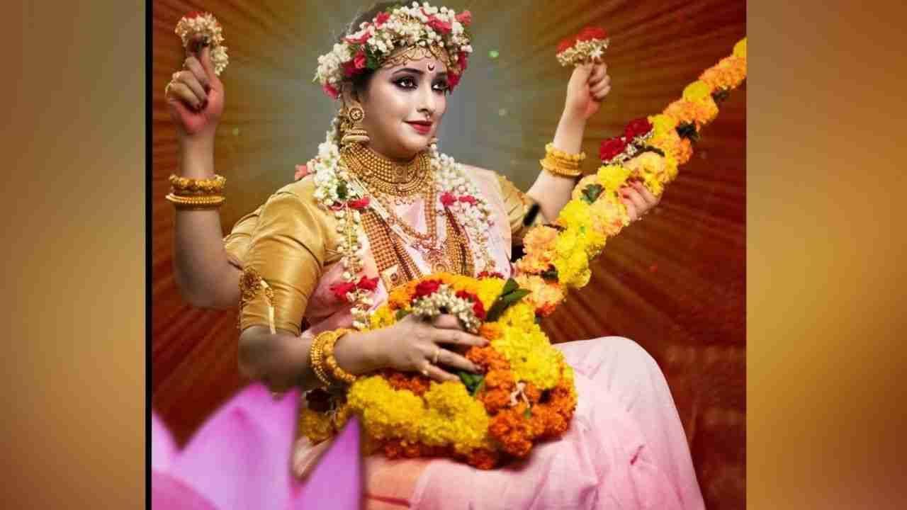 आजचा रंग 'गुलाबी' आहे. या ट्रेंडची भुरळ अभिनेत्रीना नाही पडली तर नवलच! अभिनेत्री अपूर्वा नेमळेकरने सरस्वती देवीचा लूक साकारत फोटो शेअर केले आहेत.